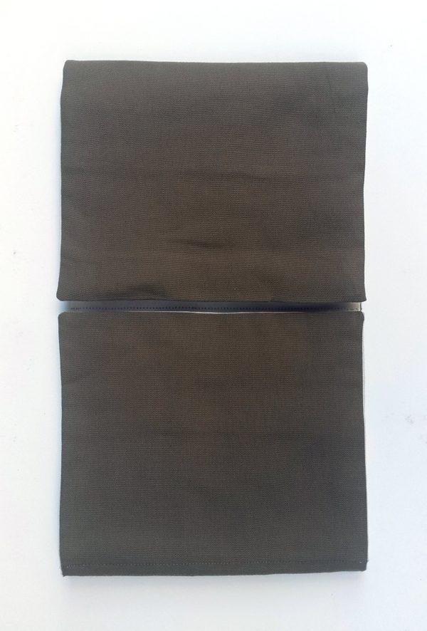 Première phase d'ouverture des 4 volets du Pilulier Pilleasy Tonique.