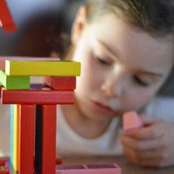 Transformer le traitement médical en jeu d'enfant